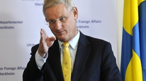 Hon Carl Bildt,Swedish Foreign Affairs minister has recently released a report which exposes President Kagame's murderous operations in Sweden